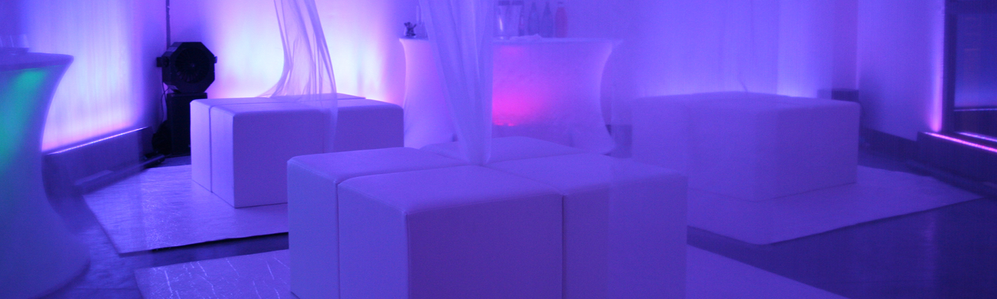 Location Bar, Divers Mobiliers